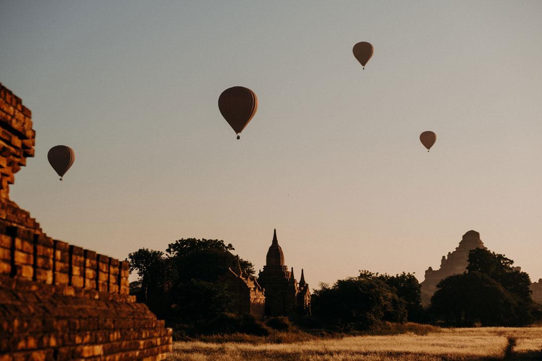 legendární balony nad Baganem