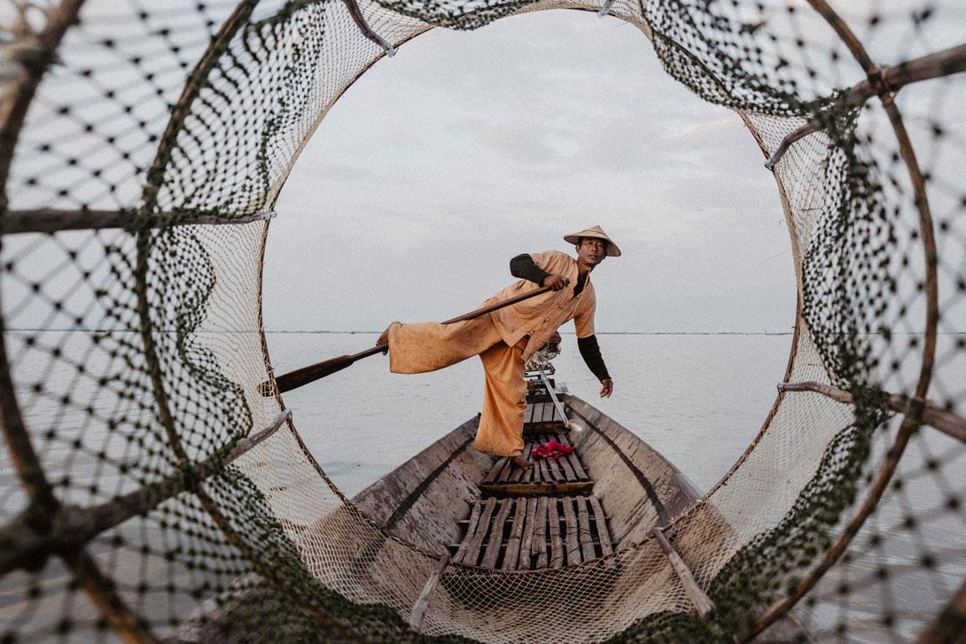 Rybář na jezeře Inle Lake
