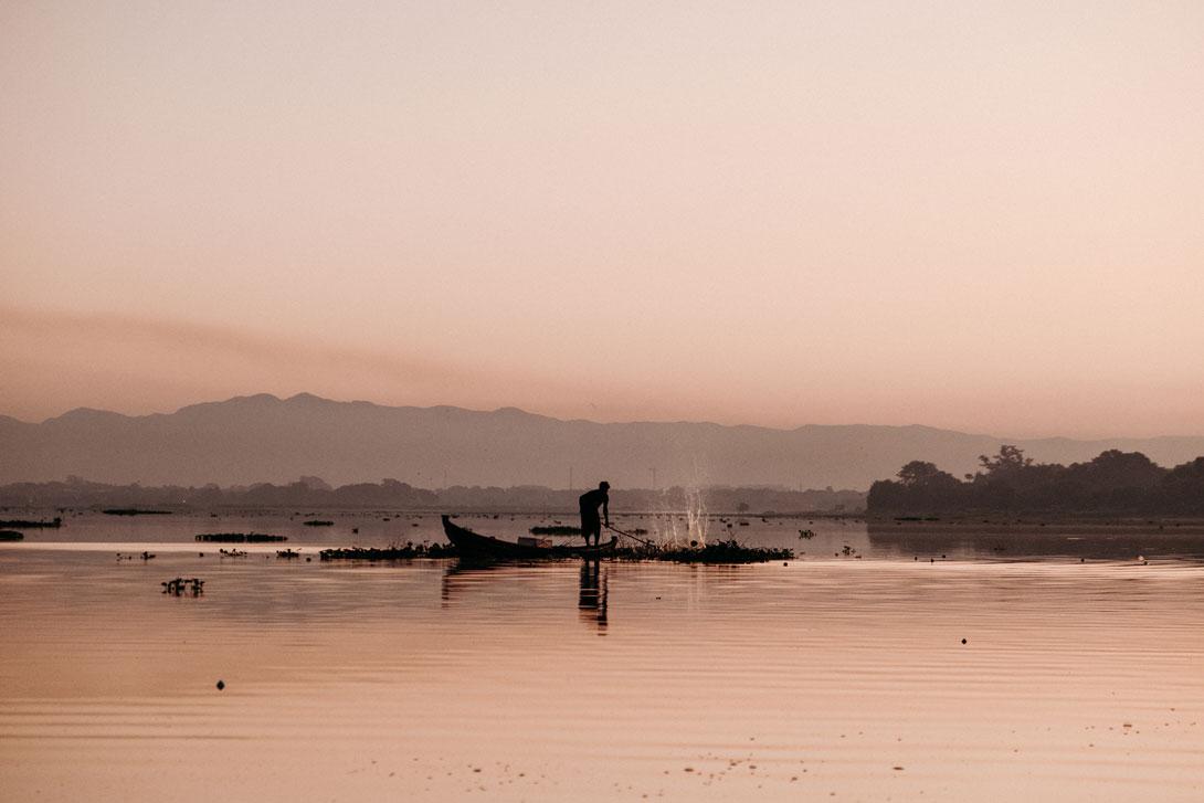 Rybář u mostu U Bein